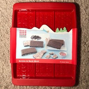 🆕 Holiday Brittle and Bark Mold: Sweet Creations